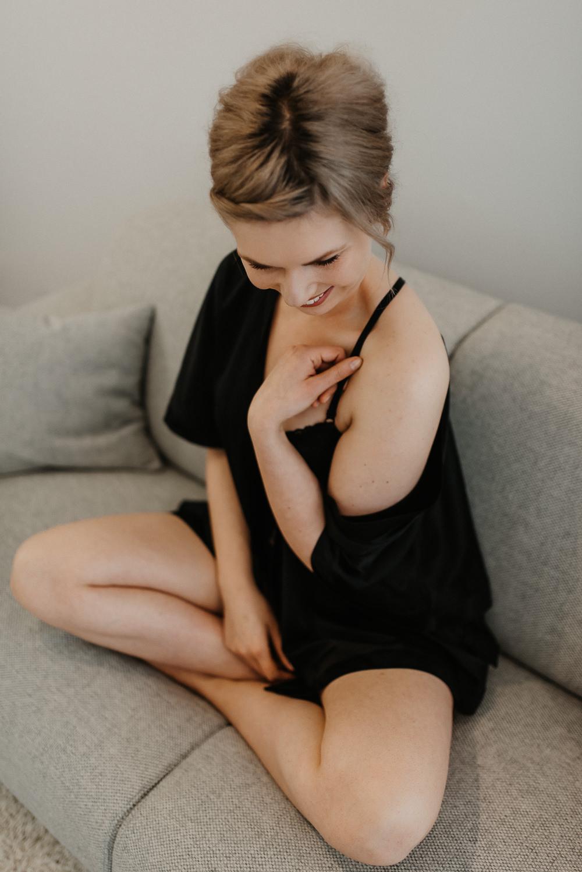 boudoirshooting-boudoir-dessous-dessousshooting-fotograf-remscheid-photographienicoleotto-brautstübchen